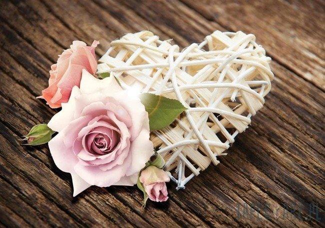 Fototapeta Serce i róże na deskach 3510