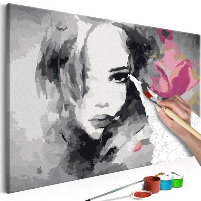 Obraz do samodzielnego malowania - Czarno-biały portret z różowym kwiatem